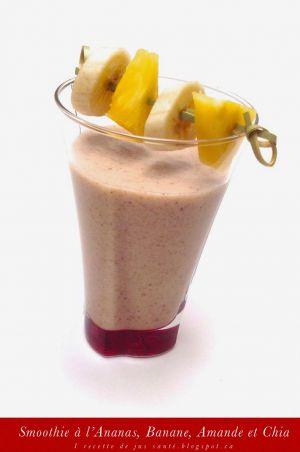 Recette Smoothie Banane, Ananas, Amande et Chia
