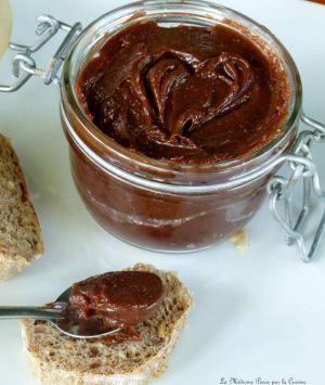 Recette Nutella maison avec les oeufs de Pâques: pâte à tartiner chocolat noisettes à tomber par terre