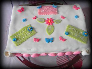 Recette Gâteau avec pâte à sucre