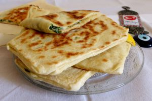 Recette Gözlem ou pains turcs farcis