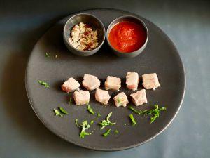 Recette [A picorer!] Thon mi-cuit tomate épicée et noisettes