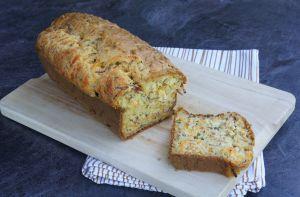 Recette Cake à la courgette, à la mimolette et aux lardons