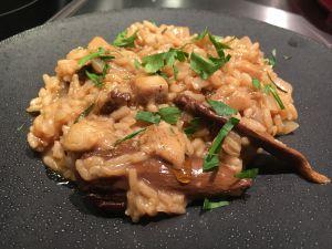 Recette [Un avant-goût de fête!] Risotto au foie gras, aux cèpes, aux raisins et au sureau