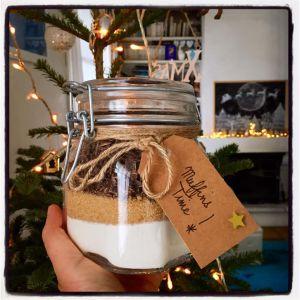 Recette Hello  December  !   Un  Kit  à  Muffins  pour  Préparer  les  Cadeaux  Gourmands ,  le  Compte  à  Rebours  de  Noël  est  lancé  !