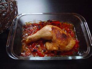 Recette Cuisses de poulet sur leur poêlée de poivrons