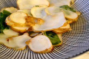 Recette Salade de topinambours marinés à la menthe et à la fleur d'oranger