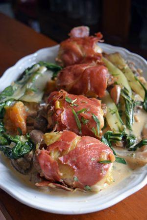Recette Ballotines de poulet et abricots – Sauce aux champignons et estragon