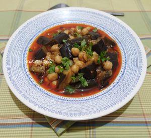 Recette Mderbel - ragoût d'aubergines sauce rouge - plat authentique algérois