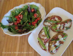 Recette Tartines aux asperges avec prosciutto et fromages +