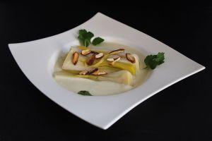 Recette Poireaux vapeur et crème de topinambour