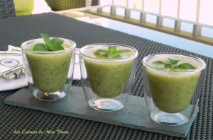 Recette Soupe froide aux courgettes, basilic et menthe, sans gluten et sans lactose