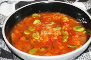 Recette Soupe à la tomate, fèves et risoni