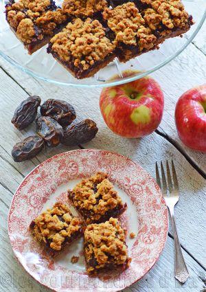 Recette Carrés aux dattes et aux pommes