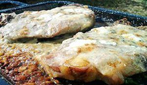 Recette Côtes de porc au roquefort