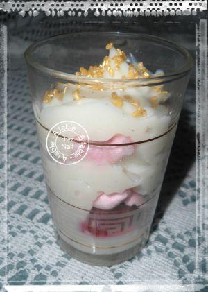 Recette Crèmes à la fève de tonka et framboises