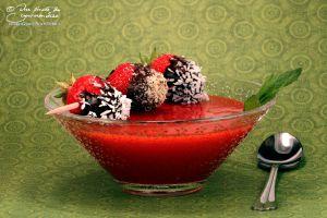 Recette Soupe de fraises et sa brochette de fraises déguisées