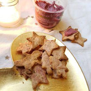 Recette Biscuits salés de Noël au houmous