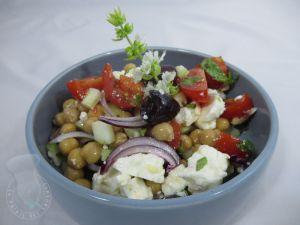 Recette Salade de pois chiches, concombre, tomates et féta