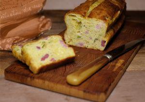 Recette Cake à la pulpe de courgette, tomme de Savoie et jambon
