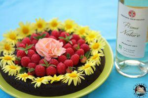 Recette Fondant au chocolat noir, framboises et rose