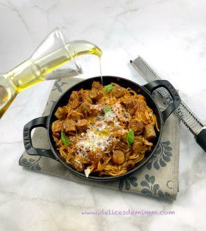Recette Spaghetti à la sauce tomate et aux chipolatas de Cyril Lignac