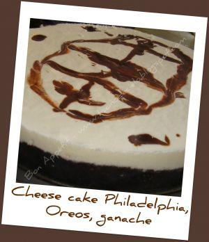 Recette Cheesecake Philadelphia sur couche d´Oreos et ganache chocolat d´après SandeeA - Cheesecake Philadelphia sobre capa de Oreos y ganaché de chocolate (imitando muy mal SandeeA)