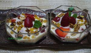 Recette Verrines de fruits / au yaourt maison