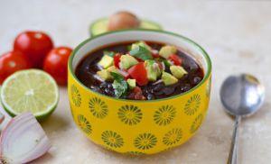 Recette Soupe de haricots noirs au chorizo, et les avantages de la cuisson à l'autocuiseur (Presto)