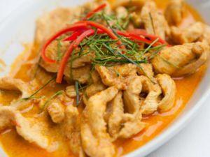 Recette Poulet au curry et noix de coco