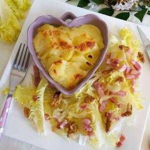 Recette Gratin de pommes de terre au reblochon et salade de Friseline