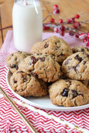 Recette Cookies au chocolat noir, cranberries et cannelle { Noël }