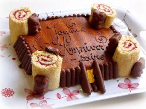 Recette Gâteau d'anniversaire chevaleresque (château fort inside !!!)