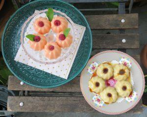 Recette Petits flans vanille-banane-caramel et vanille-rose-cardamome