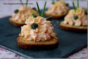 Recette Toast apéritif / crème au saumon fumé