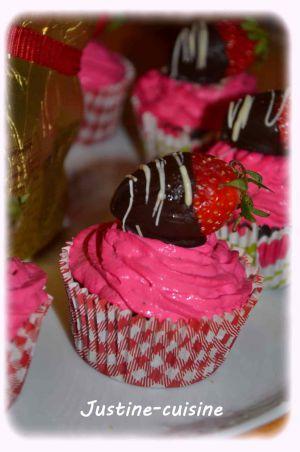 Recette Cupcakes chocolat/fraise, coeur de fraise