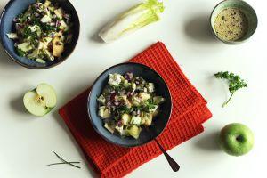 Recette Salade d'endives aux pommes, roquefort et graines de courge