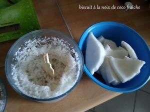 Recette Biscuit a la noix de coco fraiche