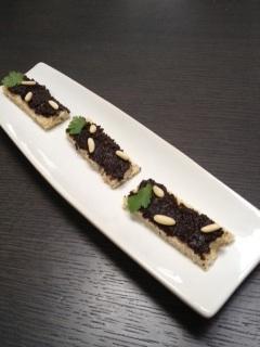 Recette Anchoiade d'olives noires a deguster avec les doigts