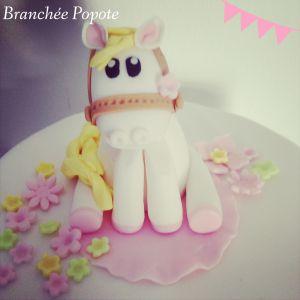 Recette Gâteau en pâte à sucre – Poney pour ma nièce