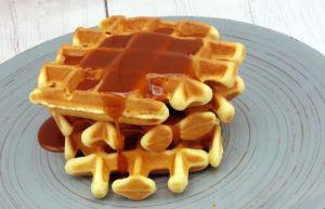 Recette Gaufres croustillantes noisettes sauce caramel