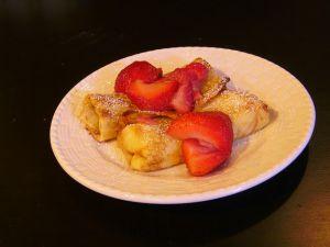 Recette Blintzes aux fraises et au fromage blanc, saveur vanille (cuisine juive)
