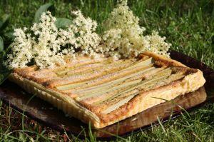 Recette Tarte frangipane à la rhubarbe et au sureau
