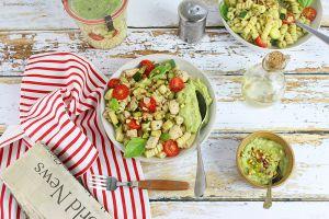 Recette Salade de Fusilli, Poulet, Légumes d'Eté et Pesto d'Avocat