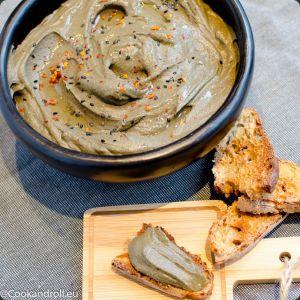Recette Houmous aux haricots noirs et légumes rôtis