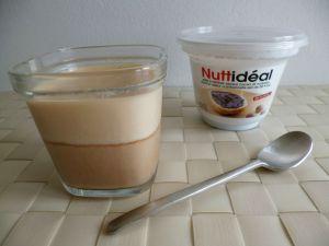 Recette Yaourts maison diététiques à la pâte à tartiner cacao noisette minceur Nuttidéal (sans sucre)