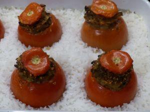 Recette Tomates farcies végétariennes bluffantes [voir véganes]