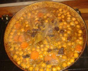 Recette Pois-chiches en sauce du côté de canohes;-)
