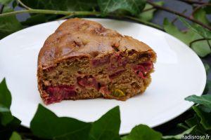 Recette Gâteau moelleux rhubarbe épices