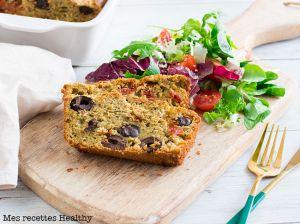 Recette Cake salé au pesto aux olives et tomate