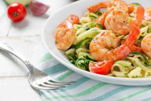 Recette Spaghetti de courgettes et crevettes minceur